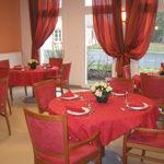 Salle à manger rouge